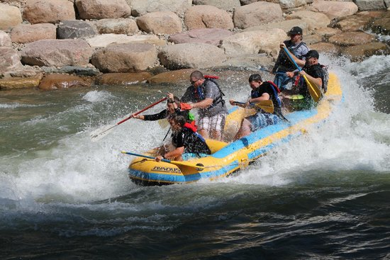 Durango Rivertrippers & Adventure Tours: Boat 1