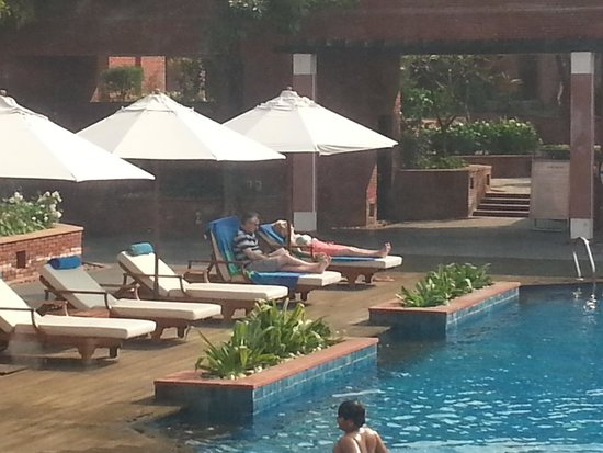 ITC Mughal, Agra: POOL SIDE VIEW FROM ROOM