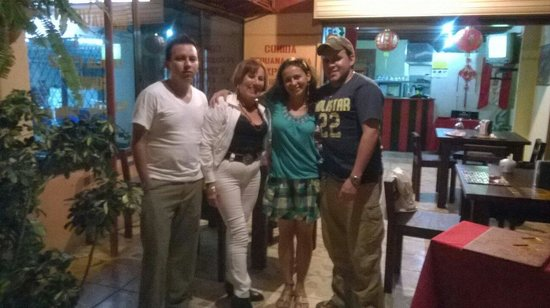 Chifa La Familia Feliz: Happy b day