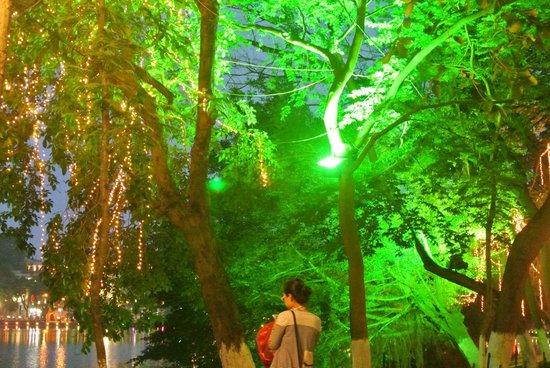 Lake of the Restored Sword (Hoan Kiem Lake): Surreal lights at night