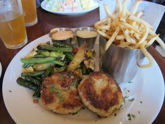 Rock'N Fish : Crab Cakes.