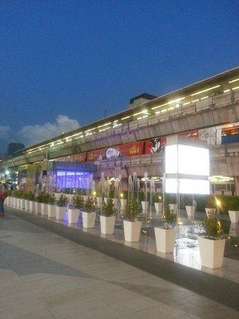 Siam Square: BTS Siam