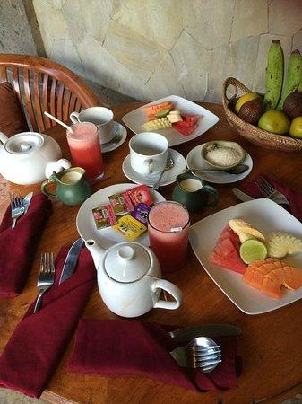 Nefatari Exclusive Villas: afternoon tea