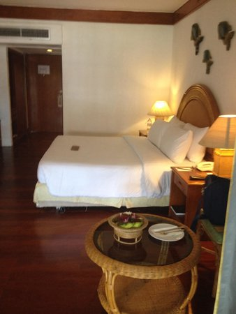 Imperial Boat House Beach Resort: Our original room - lovely