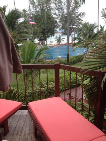 Imperial Boat House Beach Resort : View of boat pool from balcony of our boat suite 425. Best boat suite perfectly sited