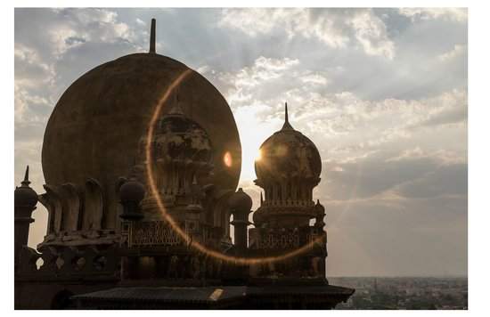 Gol Gumbaz sunset