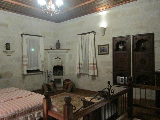 Kelebek Special Cave Hotel: Upstairs in room #108