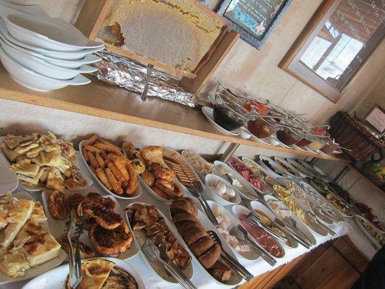 Kelebek Special Cave Hotel: Breakfast spread