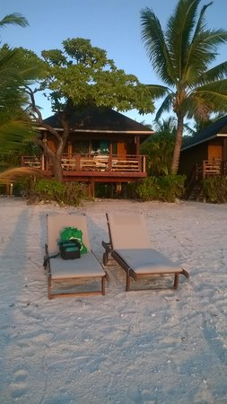 Aitutaki Seaside: our lodge right on the beach, paradise