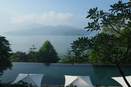 The Lalu Sun Moon Lake: Pool and Sun Moon Lake