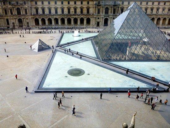 De Louvre Shoes Review