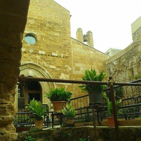Chiesa di Santa Maria dei Greci: Facciata