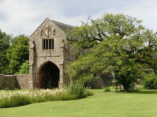 Cleeve Abbey: Abbey gate