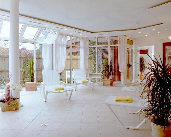 Ringhotel Celler Tor: Ruhebereich im Badeparadies mit zwei Pools und vier Saunen