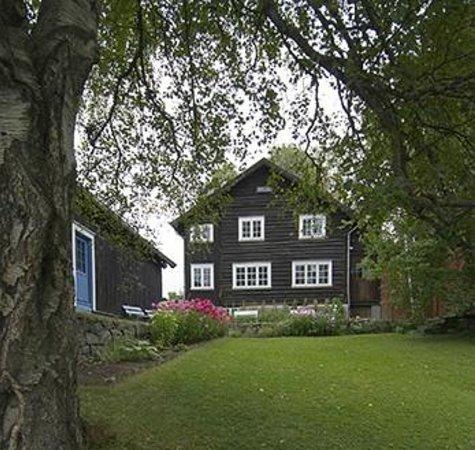 Sigrid Undset's Home Bjerkebaek: Bjerkebæk Sigrid Undsets hjem. Foto Jan Haug