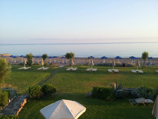 Aquila Rithymna Beach Hotel : View from room