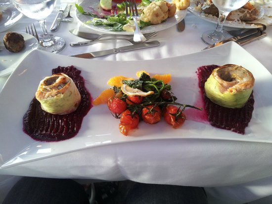 Aquila Rithymna Beach Hotel : Special chef law-salt dish