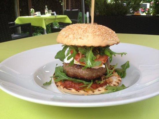 Boneryck: burger