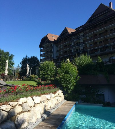 Park Gstaad: Grand Hotel Park, Gstaad - Pool Side