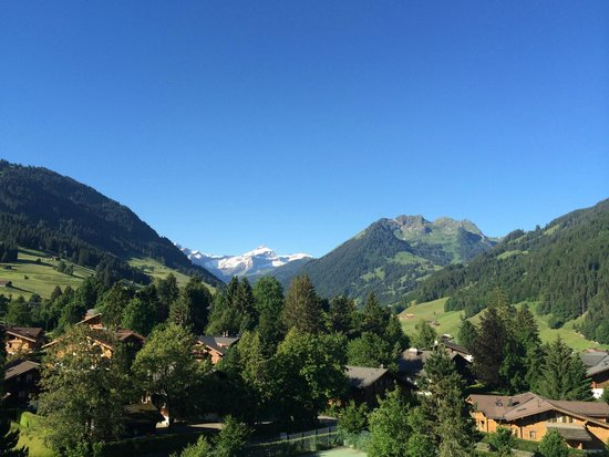 Park Gstaad: View on the Mountains