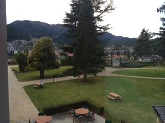 Heritage Hanmer Springs: View to the front of the hotel