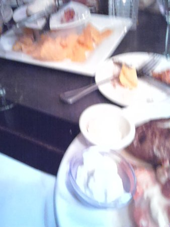Grassfields Bar and Grill: Food ordered at our Table