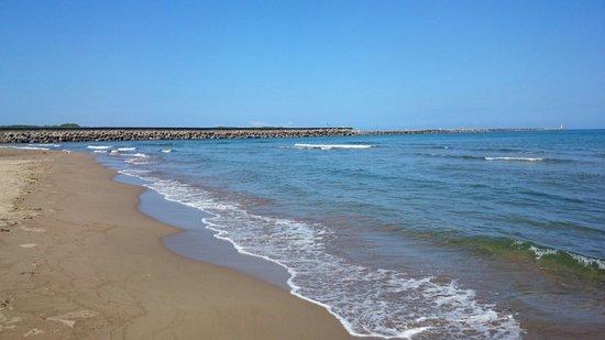 Gongenmori Beach