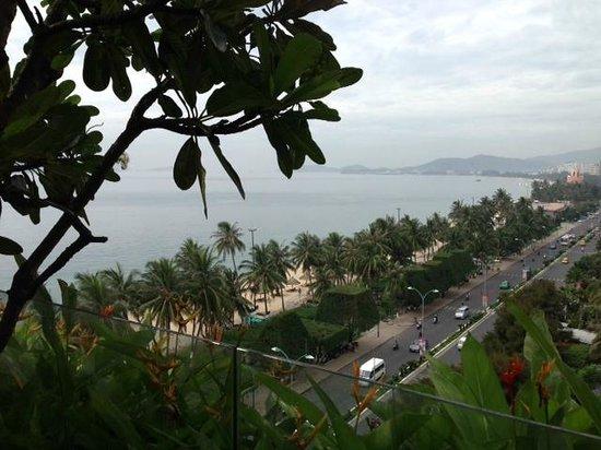 Sheraton Nha Trang Hotel and Spa: View from Pool