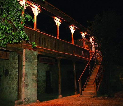 Tsaghkashat, Azerbejdžan: Evening sight of Nikol Duman memorial museum