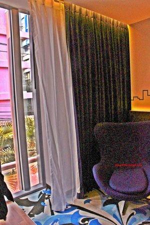 Galleria 10 Hotel Bangkok by Compass Hospitality: room