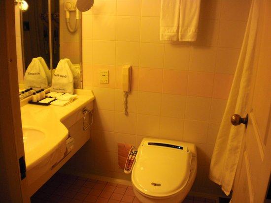 Haeundae Grand Hotel: Bathroom