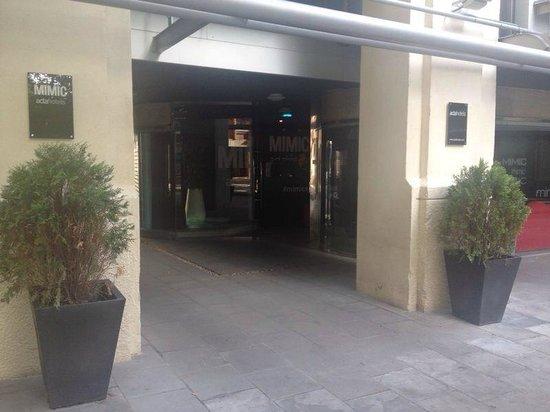 Hotel Acta  Mimic: Hoteleingang
