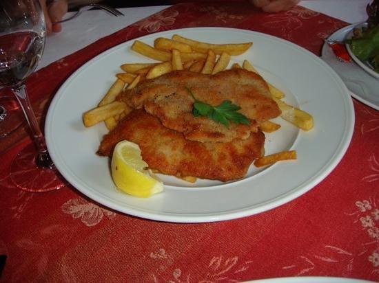 Rheinterassen : wiener schnitzel