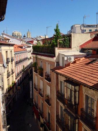 Ibis Styles Madrid Prado : Вид из номера