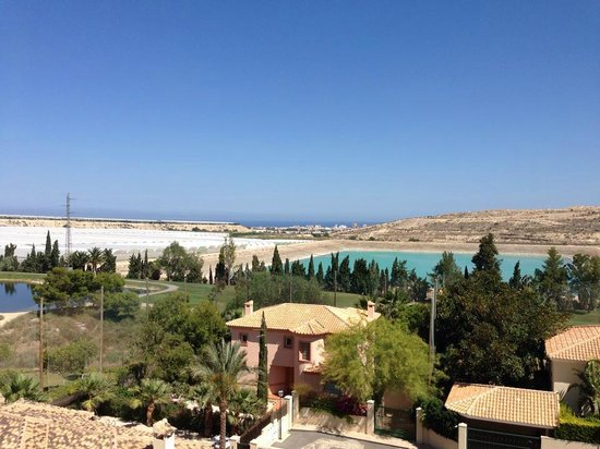 Hotel Bonalba Alicante : Petite vue mer de la chambre