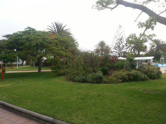 Bungalows Cordial Sandy Golf: The gardens