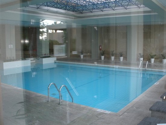 Sheraton Rhodes Resort: Indoor pool and the spa