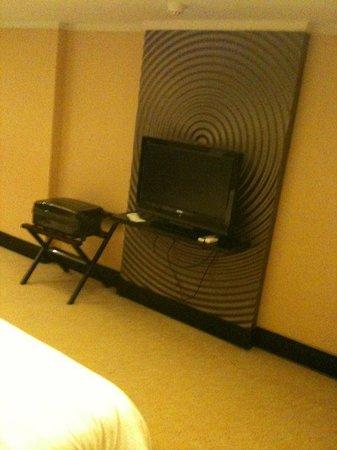 NagaWorld Hotel & Entertainment Complex : LCD TV