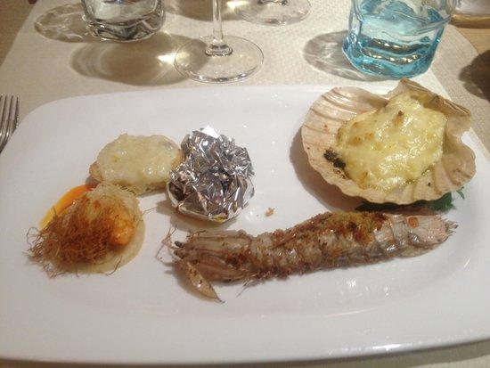 Ristorante Svevia : antipasto caldo con la Pampanella di mare nel cartoccio