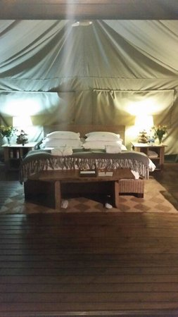 Summerfields Rose Retreat & Spa : large comfy beds