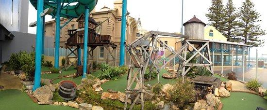 The Beachouse : Mini golf