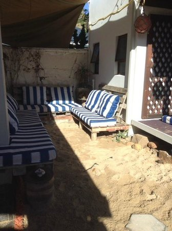 Mossel Bay Backpackers: A mini beach to relax without leaving the hostel