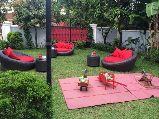 Marum: Lounge in the garden