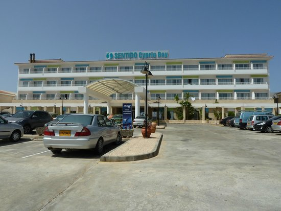 SENTIDO Cypria Bay : Front of hotel