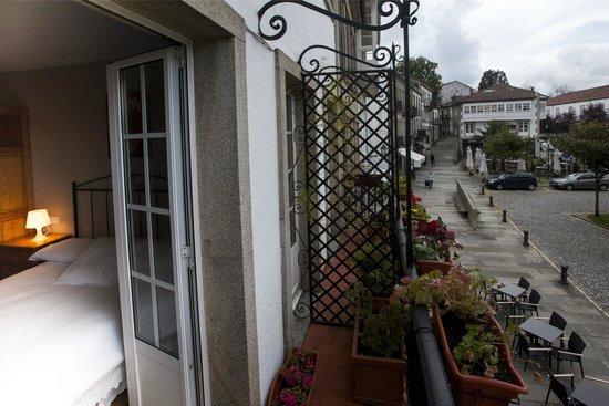 25 De Julio: habitación con balcón