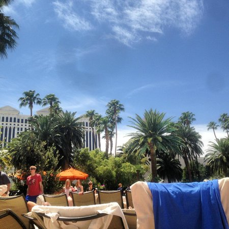 The Mirage Hotel & Casino: View of Caesars from the pool