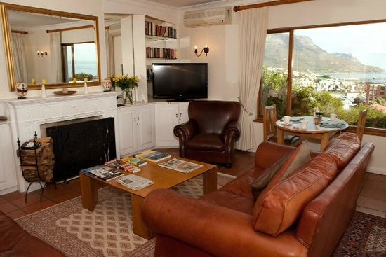 The Bay Atlantic Guest House: Guest Lounge