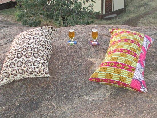 Sanctuary Kusini, Serengeti: Drinks on the rocks