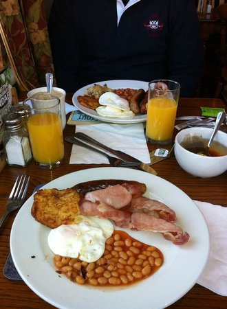 Innkeeper's Lodge Birmingham (West), Quinton: Breakfast on Toby