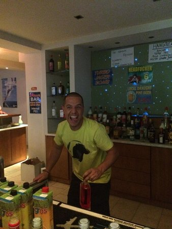 Ekati Hotel : Probably the best bar man in Kavos along with his brother!